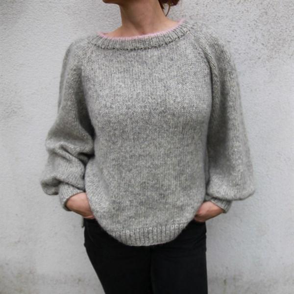 8cec25cd P045 Enkel genser av Pixen.dk - Lykkelig as